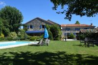 A Gorgeous House With Guest Gîte And Heated Swimming Pool Near Verteuil-Sur-Charente