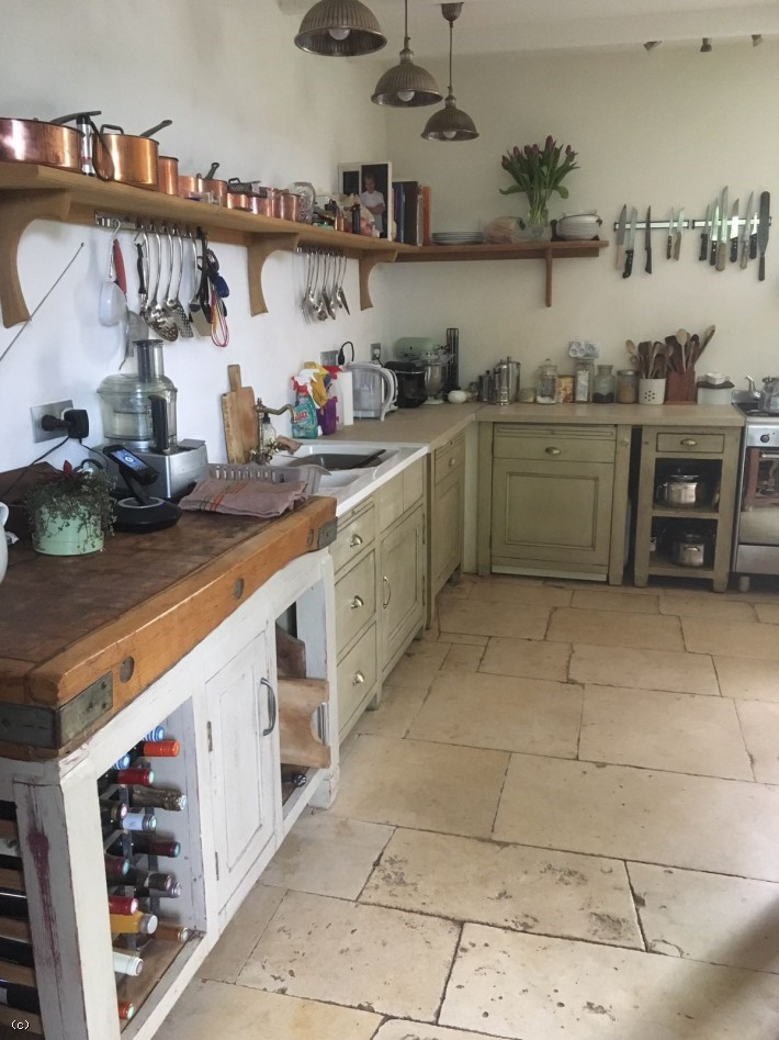 Character 3 Bedroomed Property With A Garden and Outbuildings