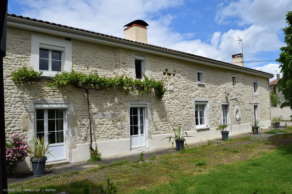 Lovely 5 Bedroom Renovated Stone House On Nearly 1.5 Acres