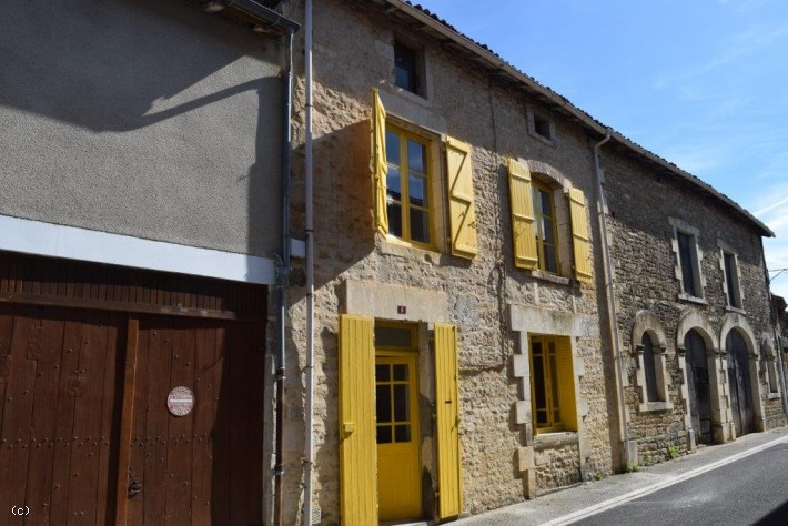 2 Bedroom Stone House In The Heart Of The Medieval Village Of  Nanteuil-En-Vallée