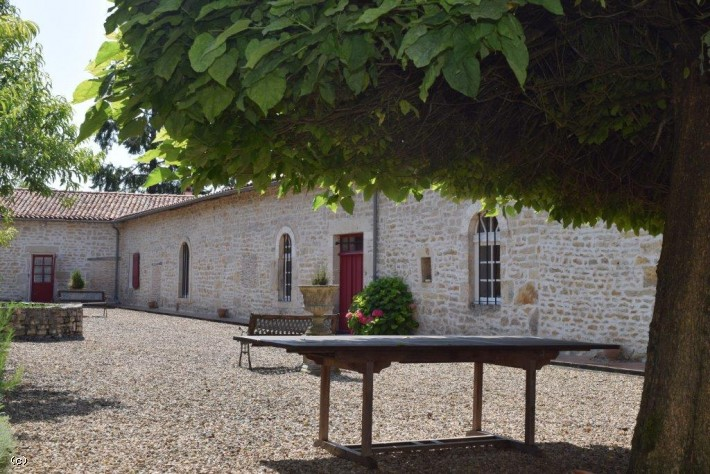 Superb 5 Bedroomed Stone Property With A Gite and 6 Hectares