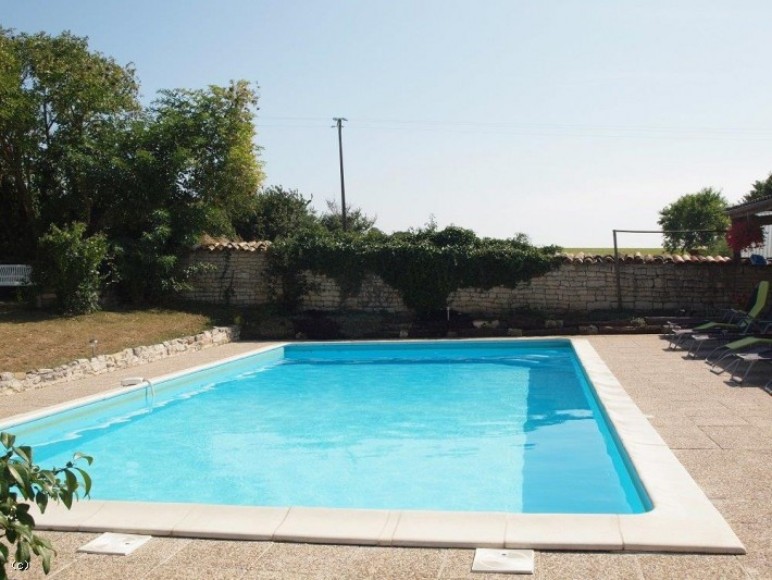 ... Renovated Family Home With 3 Independent Gîtes And Heated Swimming Pool  ...